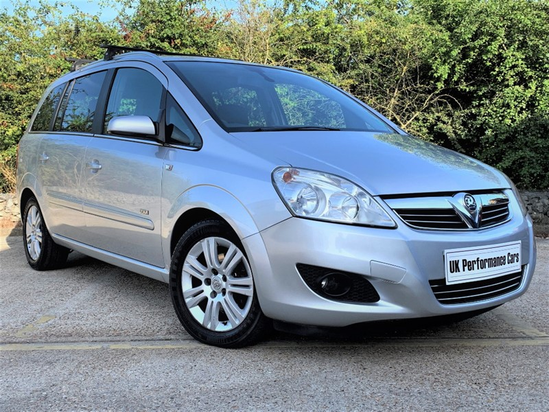 used Vauxhall Zafira 1.8 DESIGN 16V E4 ** GREAT SERVICE RECORD **  7 SEATER ** in hayes-middlesex