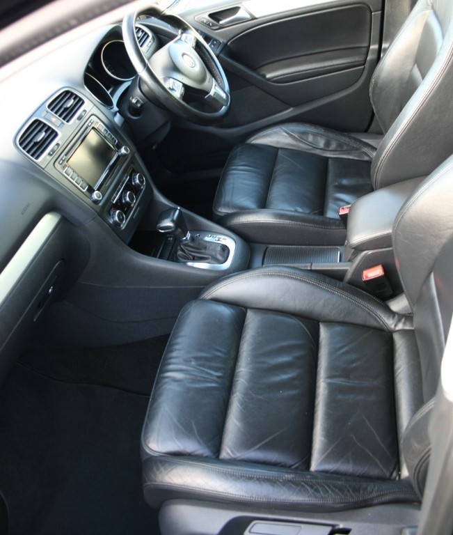 Used Deep Black Pearl Effect VW Golf For Sale