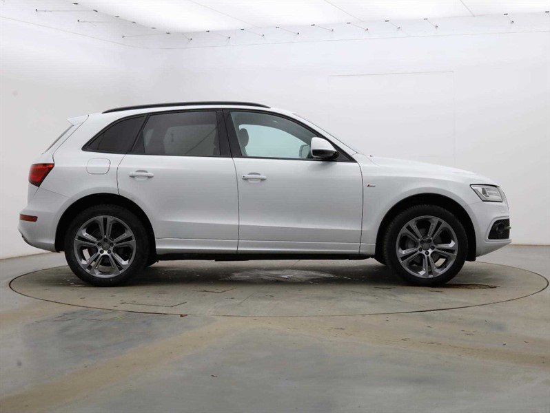 used Audi Q5 2.0 TDI QUATTRO S LINE PLUS in cambridge