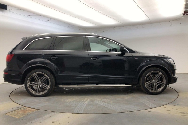 used Audi Q7 3.0 TDI QUATTRO S LINE BLACK ED PLUS in cambridge
