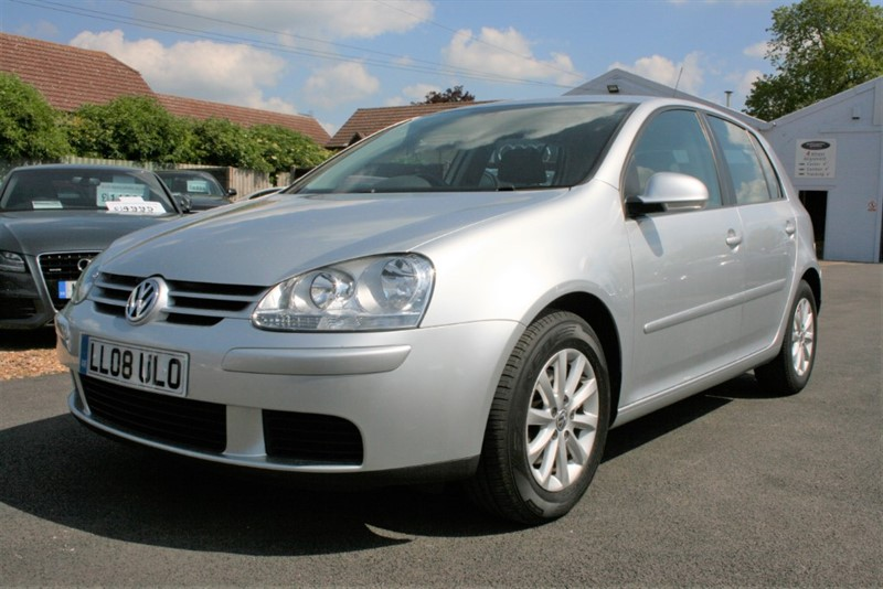 used VW Golf 1.6 MATCH FSI 115 in cambridge