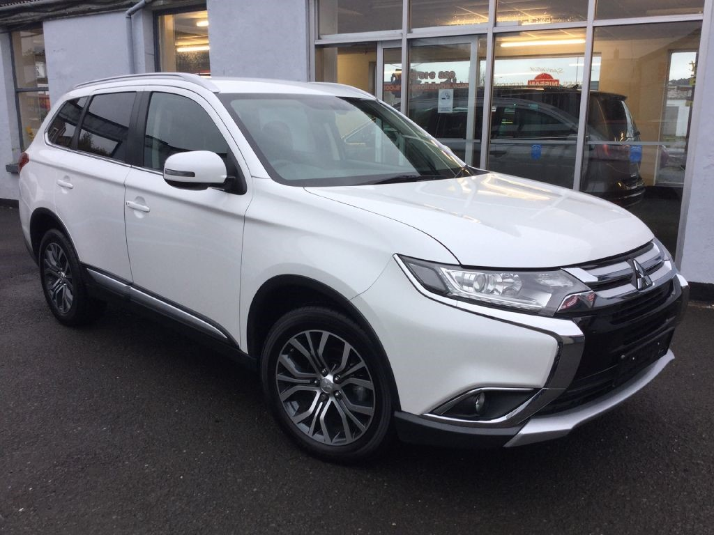 expert used mitsubishi vehicle outlander review of