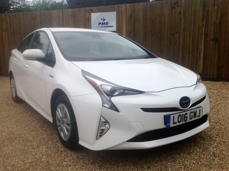 used Toyota Prius VVT-I ACTIVE TOYOTA SERVICED in welwyn-hertfordshire