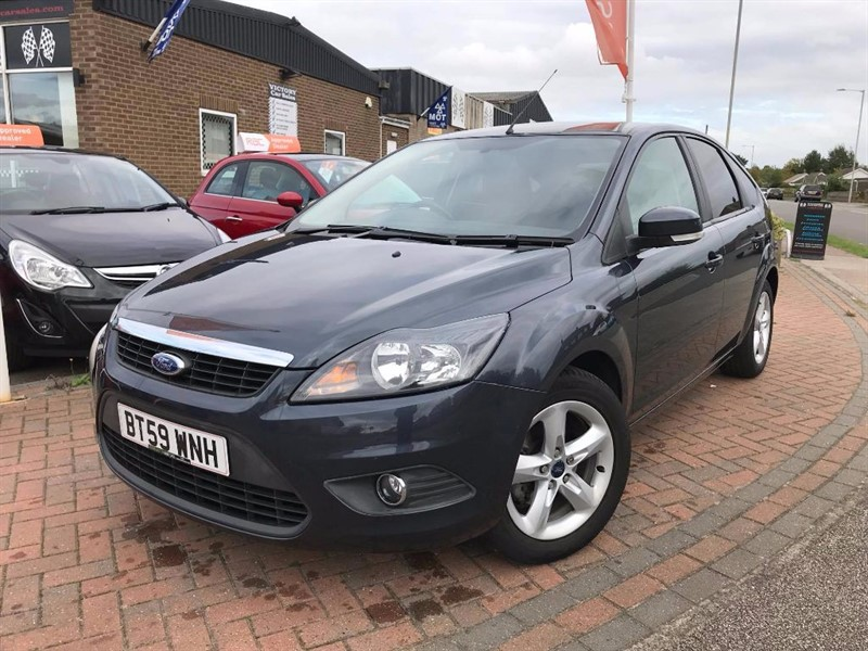 used Ford Focus ZETEC **LOW MILEAGE** in leiston-suffolk