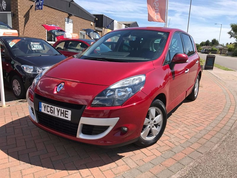 used Renault Scenic DYNAMIQUE TOMTOM DCI in leiston-suffolk