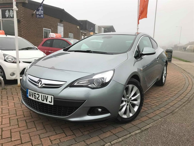 used Vauxhall Astra GTC SRI in leiston-suffolk
