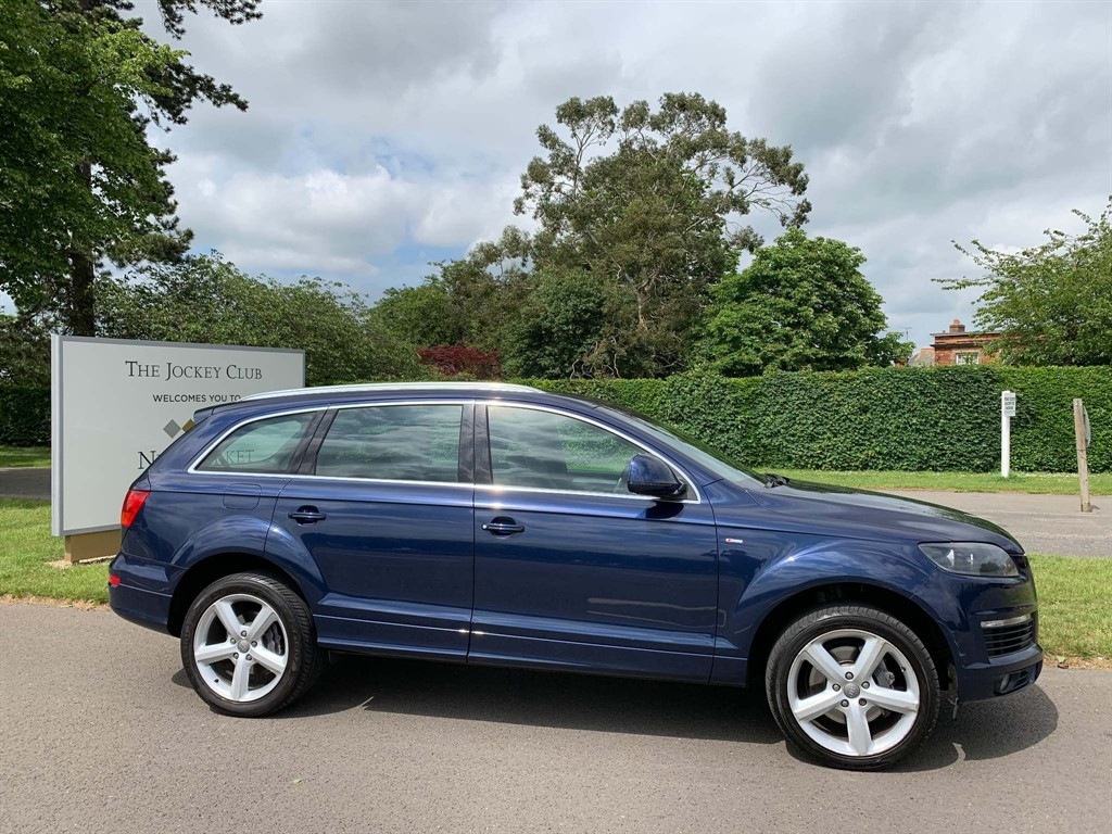 used Audi Q7 TDI S line Tiptronic quattro 5dr in newmarket-suffolk