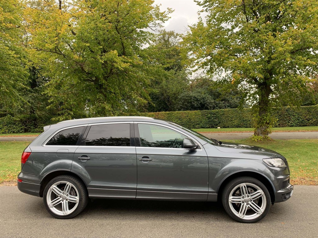 used Audi Q7 S line Tiptronic quattro in newmarket-suffolk
