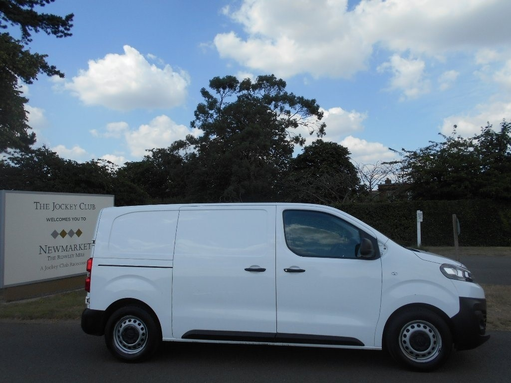 used Citroen Dispatch BlueHDi Enterprise M 1000 Panel Van (s/s) 5dr (EU6) in newmarket-suffolk
