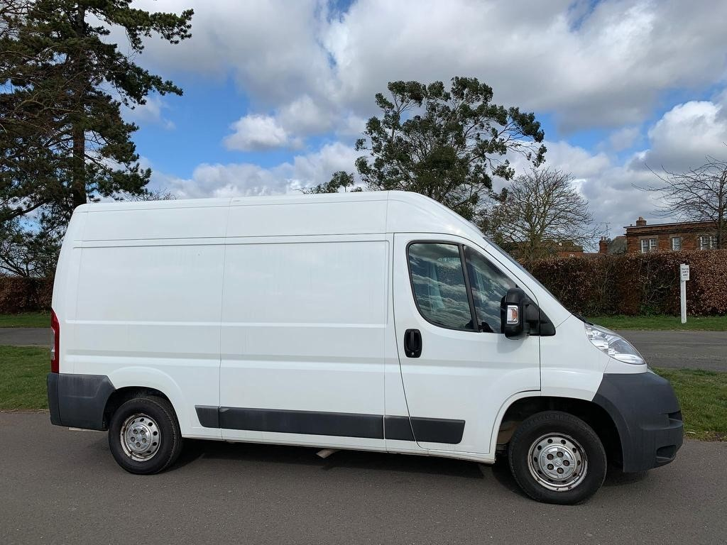 used Citroen Relay HDi 33 L2H2 Panel Van 4dr in newmarket-suffolk