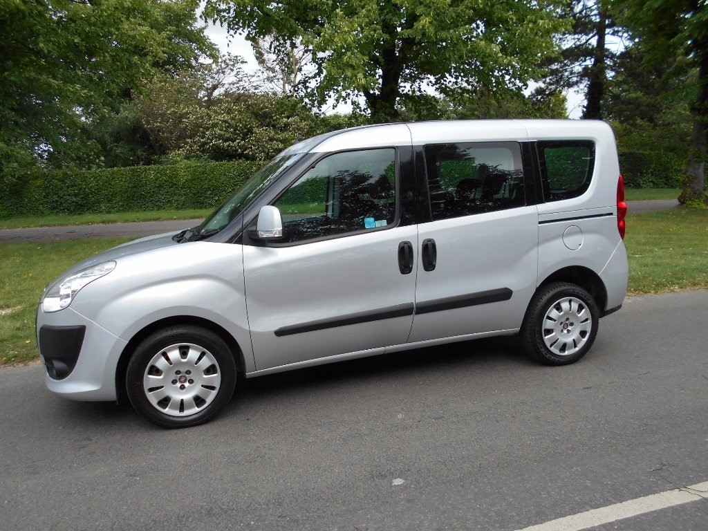 fiat doblo in newmarket suffolk compucars. Black Bedroom Furniture Sets. Home Design Ideas