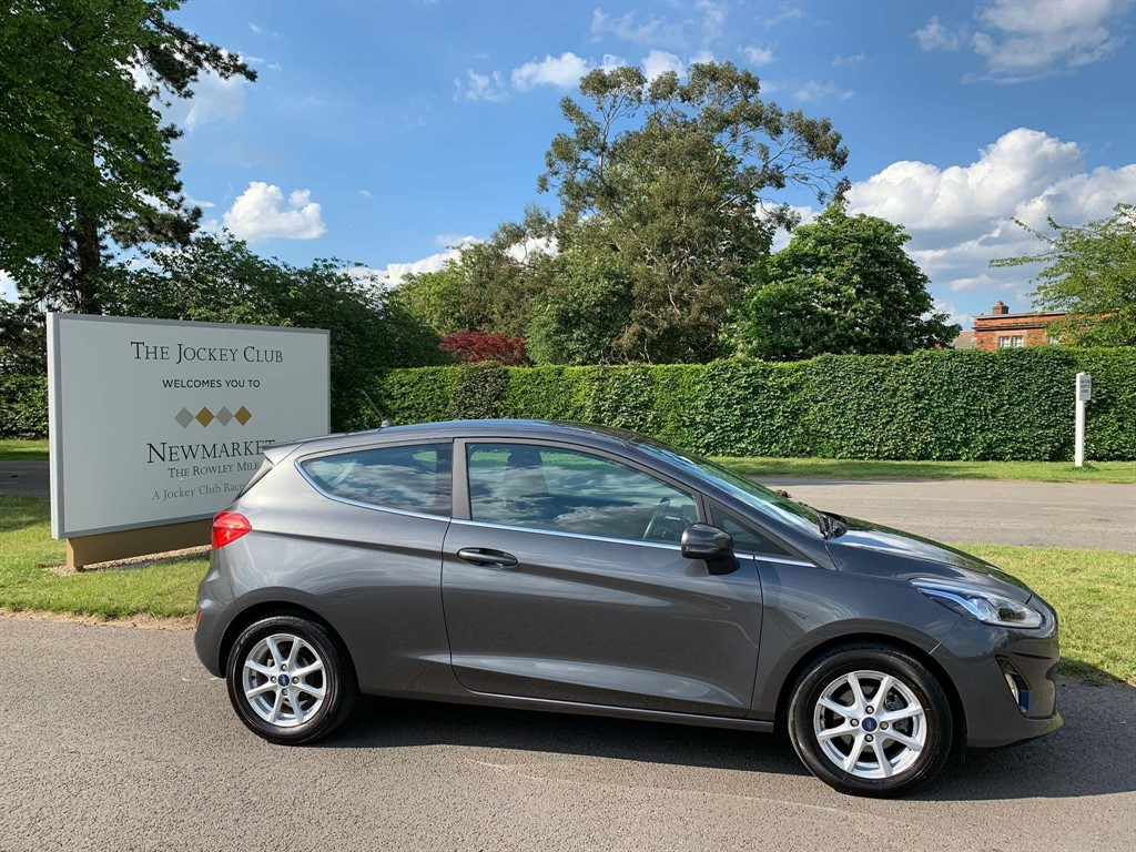 used Ford Fiesta T EcoBoost Zetec (s/s) 3dr in newmarket-suffolk