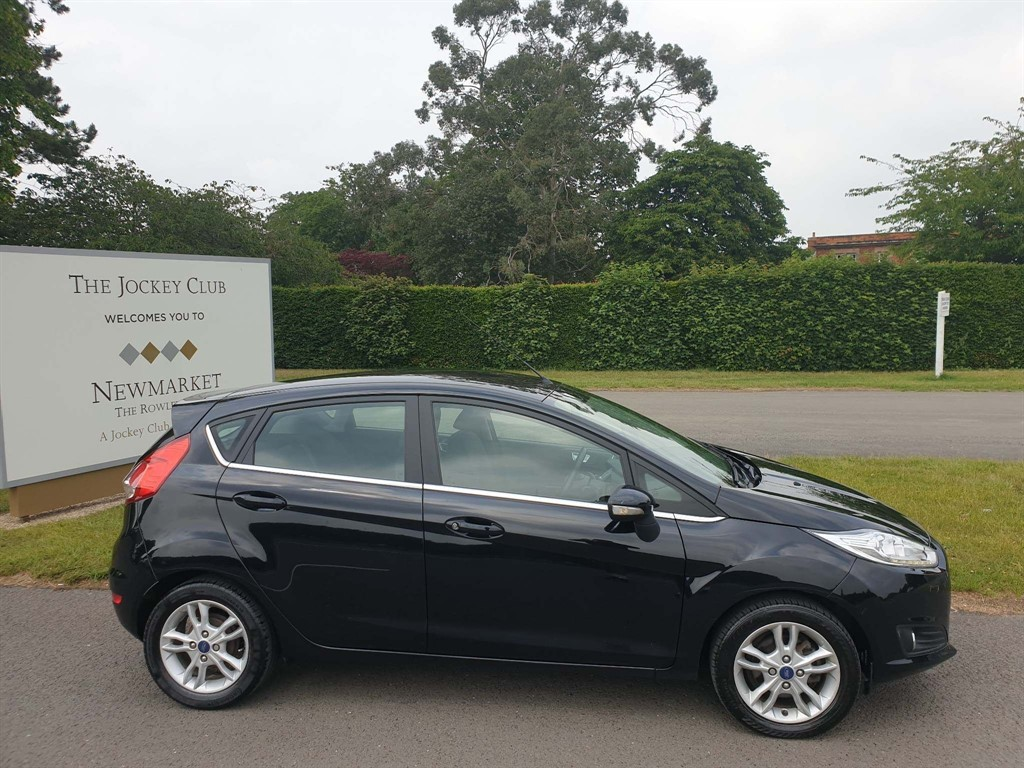 used Ford Fiesta 1.0T EcoBoost Titanium Auto (s/s) in newmarket-suffolk