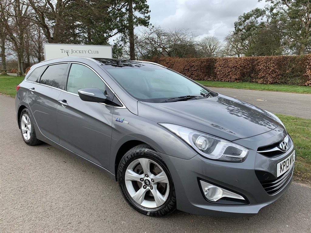 used Hyundai i40 Premium in newmarket-suffolk