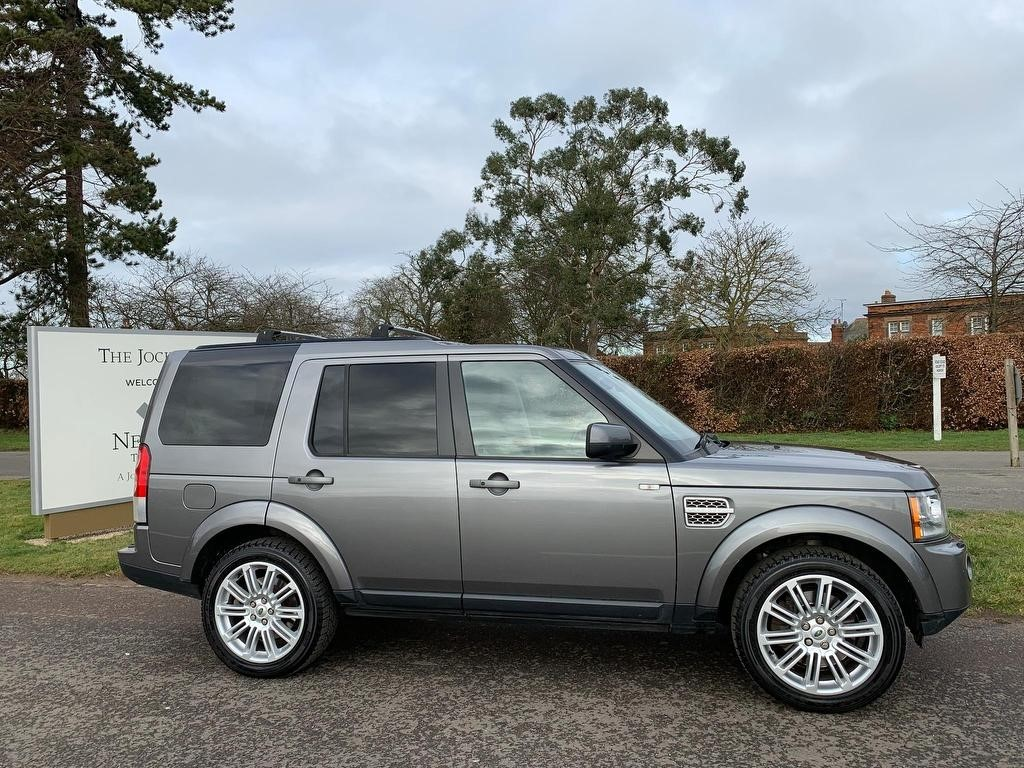 used Land Rover Discovery 4 TD V6 HSE 4X4 5dr in newmarket-suffolk