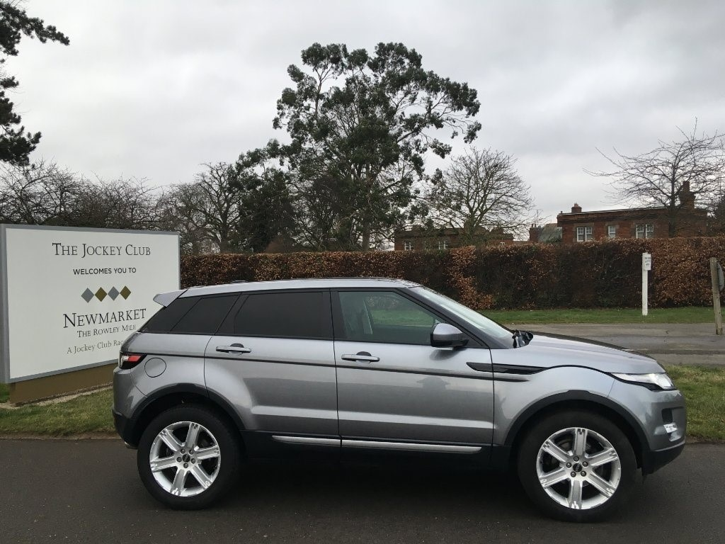 used Land Rover Range Rover Evoque SD4 Pure Tech AWD 5dr in newmarket-suffolk