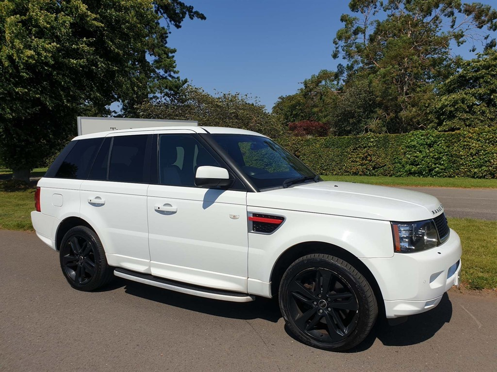 used Land Rover Range Rover Sport SD V6 HSE Red Edition 4X4 in newmarket-suffolk