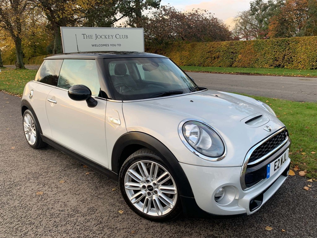 used MINI Hatch Cooper SD (s/s) 3dr in newmarket-suffolk