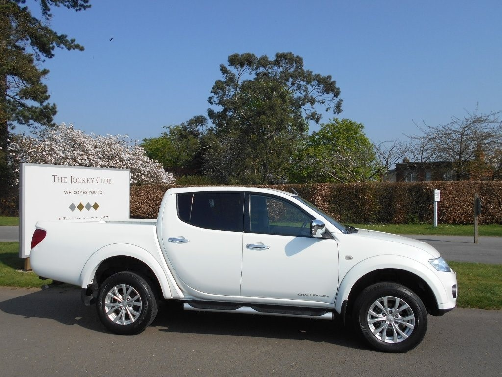 used Mitsubishi L200 DI-D CR Challenger Double Cab Pickup 4WD 4dr in newmarket-suffolk