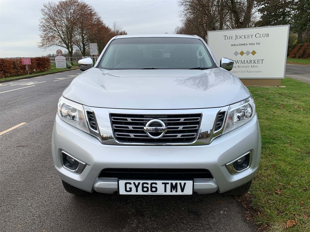 used Nissan Navara dCi N-Connecta Double Cab Pickup Auto 4WD 4dr in newmarket-suffolk