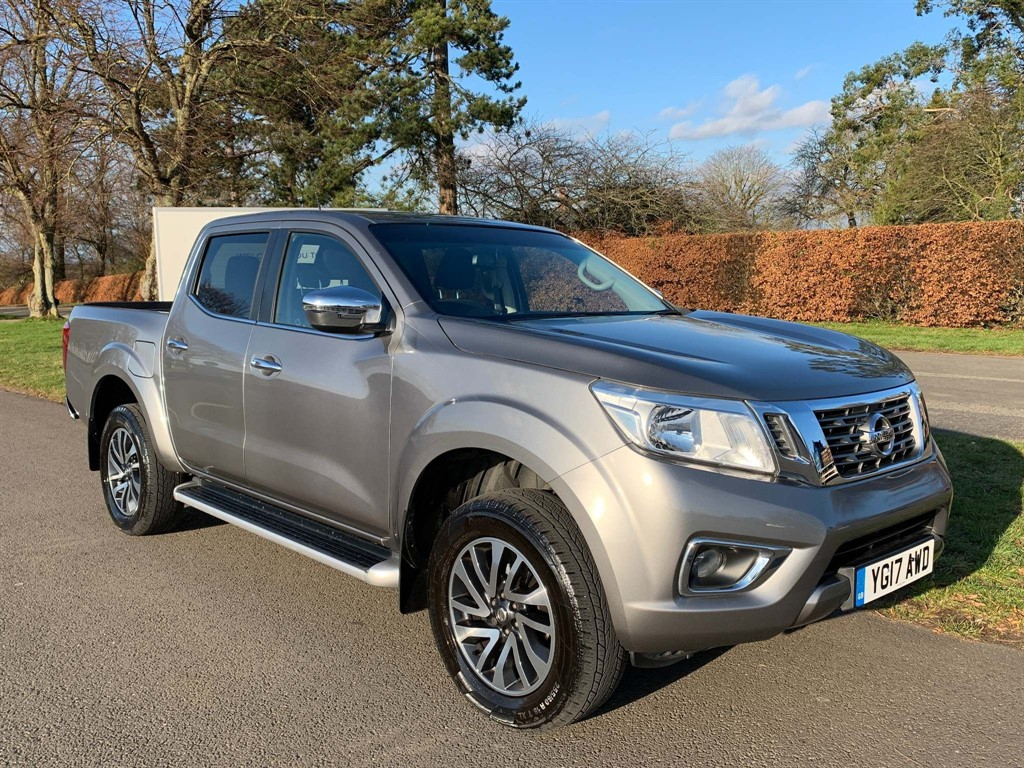 used Nissan Navara dCi Acenta+ Double Cab Pickup 4WD 4dr in newmarket-suffolk