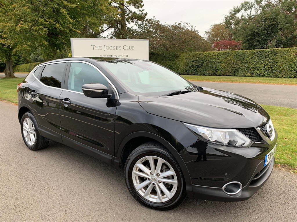 used Nissan Qashqai dCi Acenta Premium 5dr in newmarket-suffolk