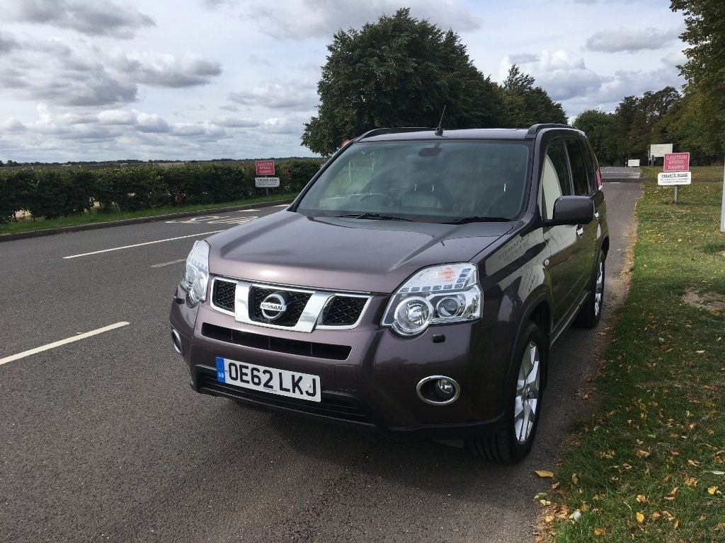 used Nissan X-Trail dCi Tekna 5dr in newmarket-suffolk
