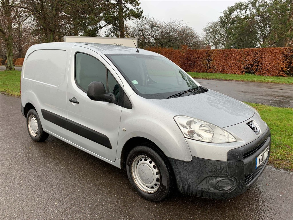 used Peugeot Partner HDi S L1 850 4dr in newmarket-suffolk