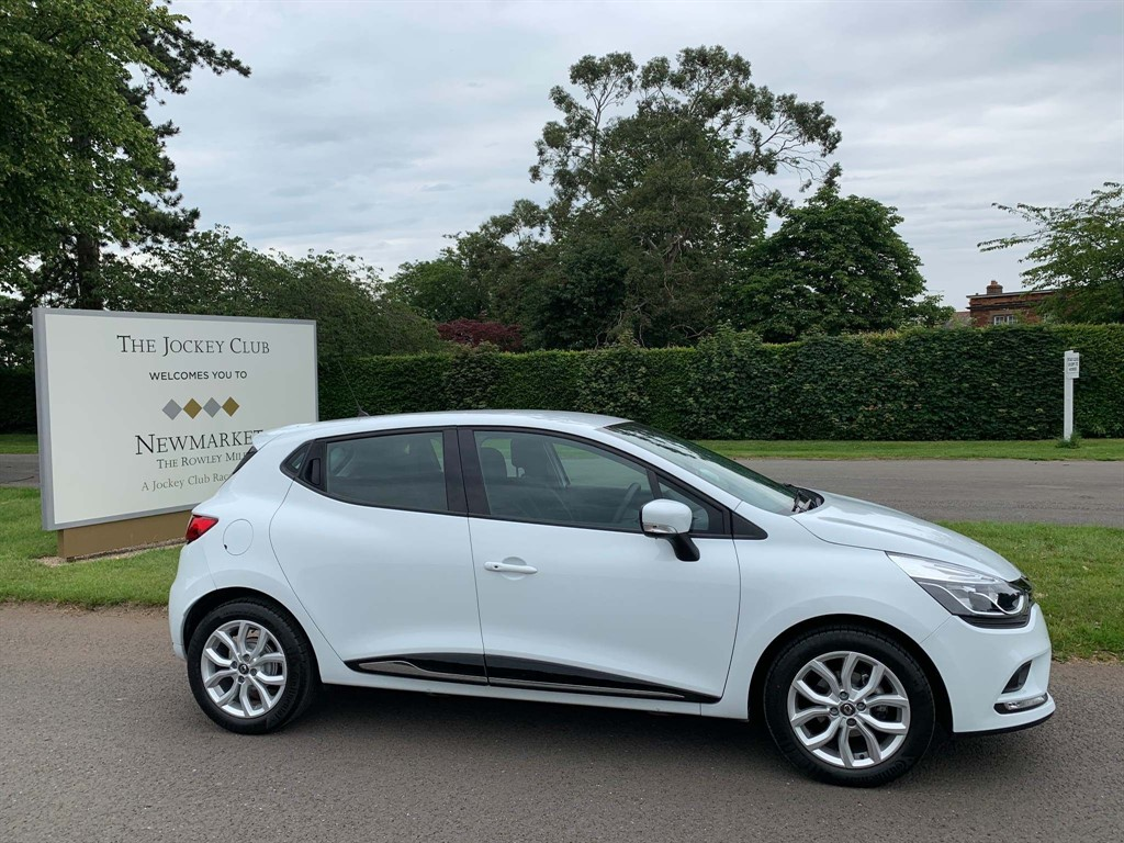 used Renault Clio TCe Dynamique Nav (s/s) 5dr in newmarket-suffolk