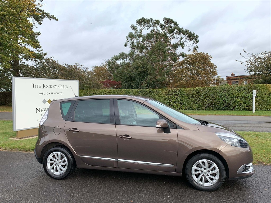 used Renault Scenic ENERGY Dynamique Nav (s/s) in newmarket-suffolk