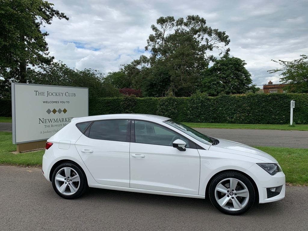 used SEAT Leon TDI CR FR (Tech Pack) (s/s) 5dr in newmarket-suffolk
