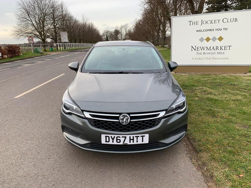 used Vauxhall Astra i Turbo 16v Design 5dr in newmarket-suffolk