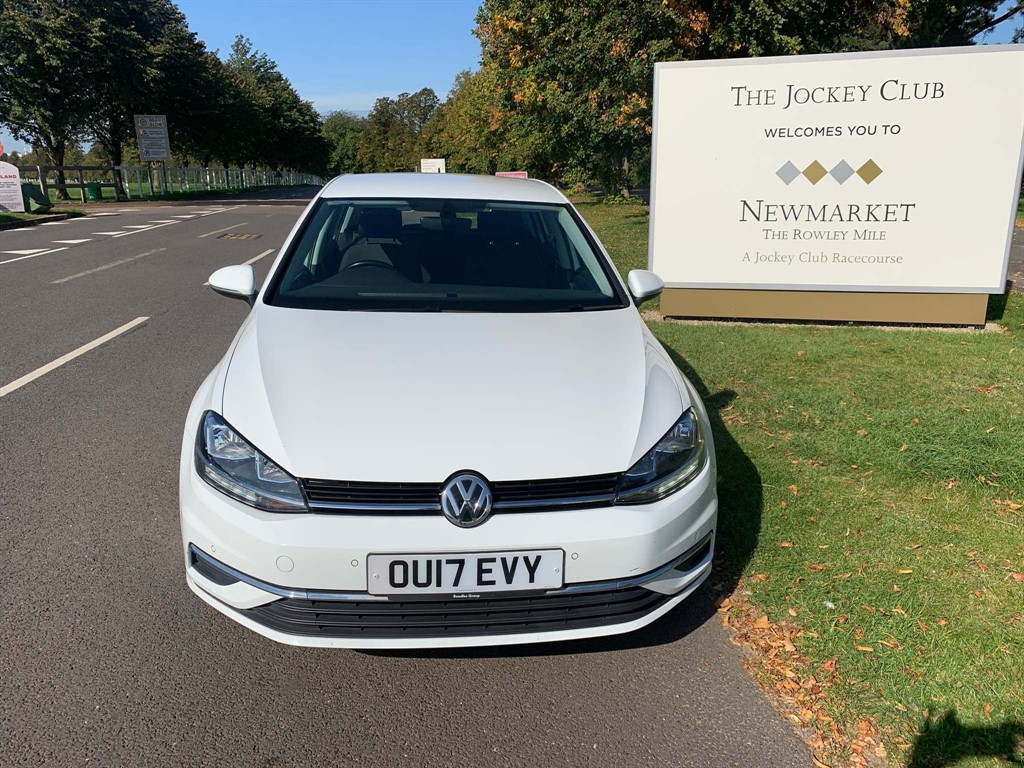 used VW Golf 1.6 TDI BlueMotion Tech SE Nav DSG (s/s) in newmarket-suffolk