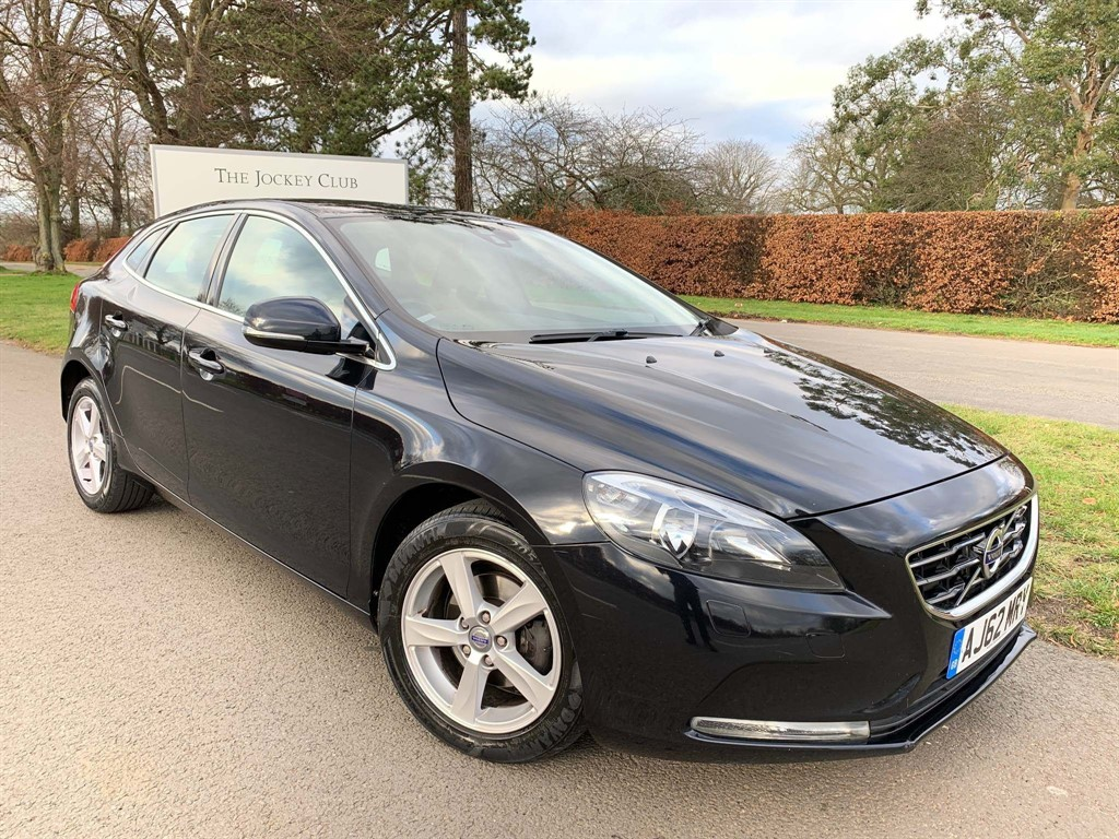 used Volvo V40 D2 SE in newmarket-suffolk