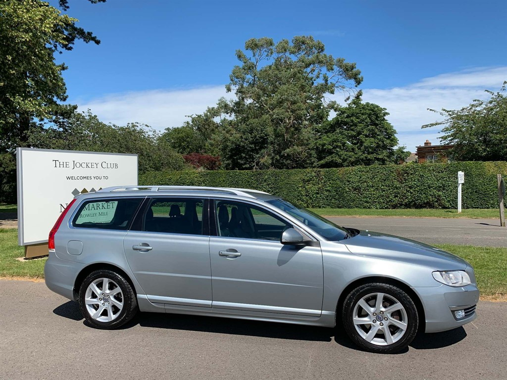 used Volvo V70 D3 SE Lux Geartronic 5dr in newmarket-suffolk