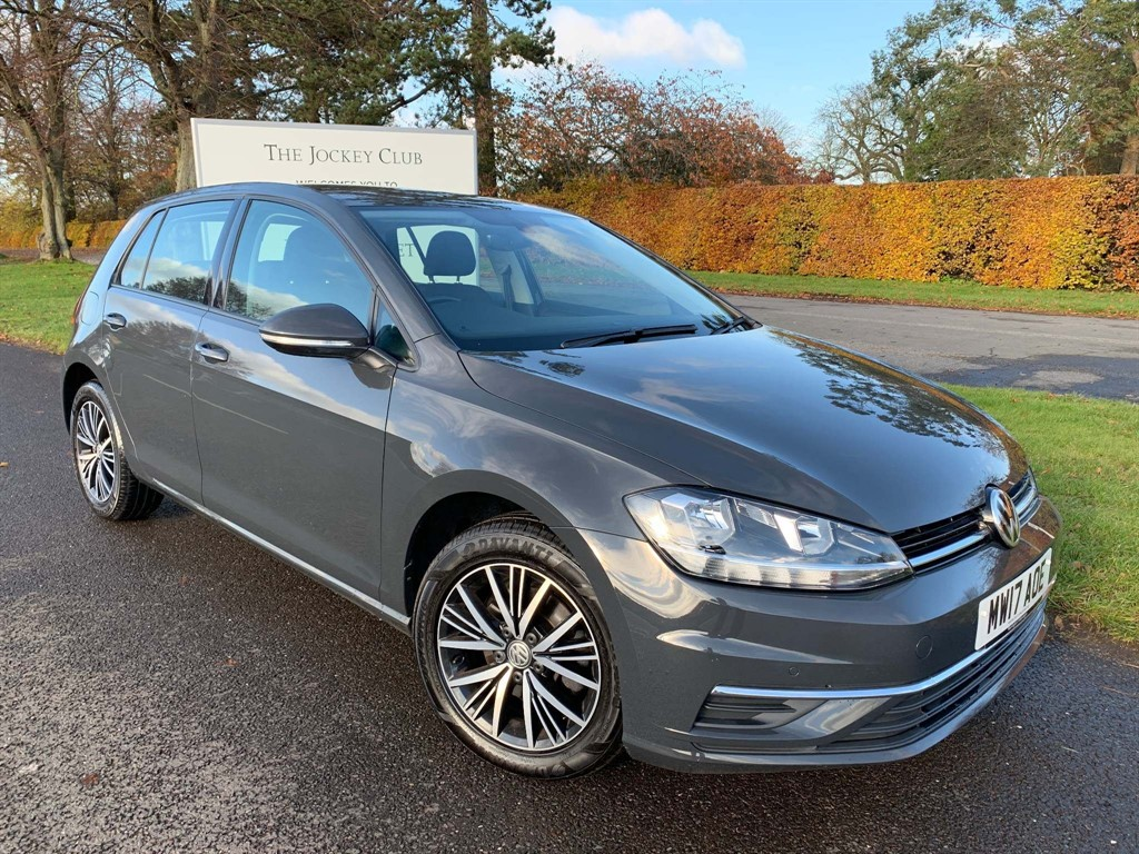 used VW Golf TDI BlueMotion Tech SE Nav (s/s) 5dr in newmarket-suffolk