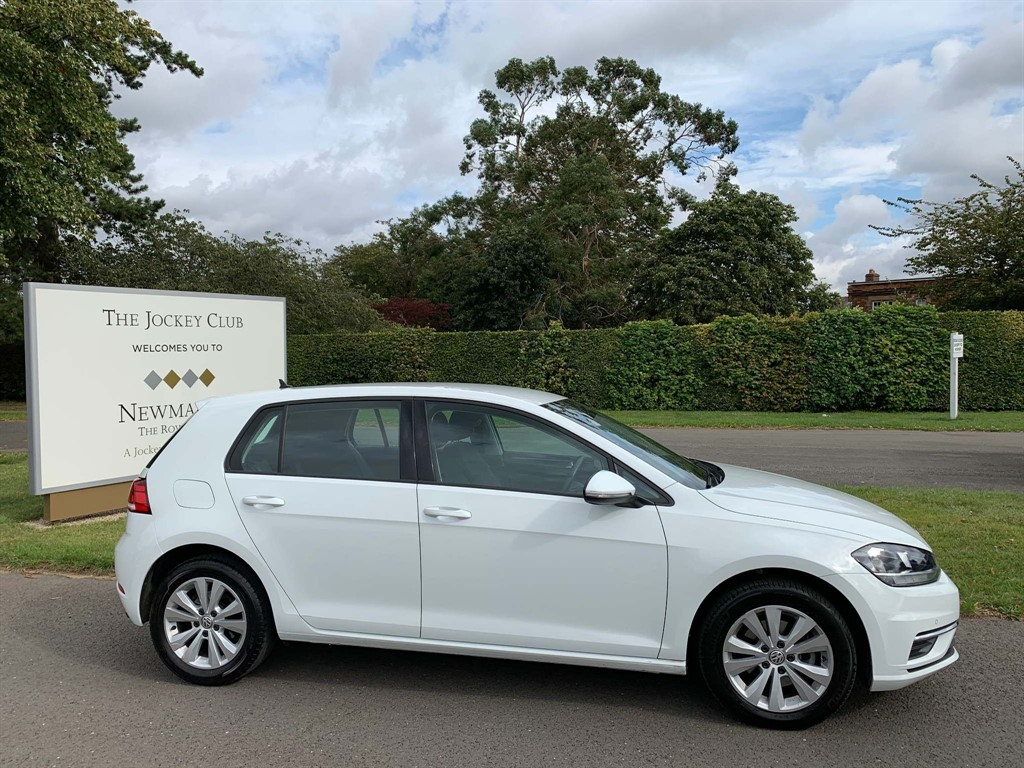 used VW Golf TDI BlueMotion Tech SE Nav (s/s) 5dr in newmarket-suffolk