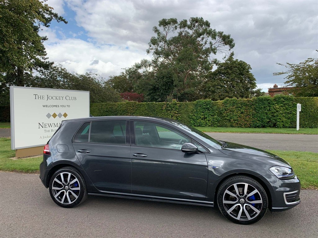 used VW Golf TSI BlueMotion Tech GTE DSG (s/s) 5dr in newmarket-suffolk