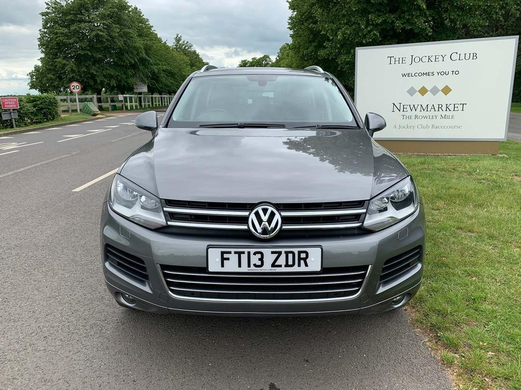 used VW Touareg TDI BlueMotion Tech V6 SE Tiptronic 4x4 (s/s) 5dr in newmarket-suffolk