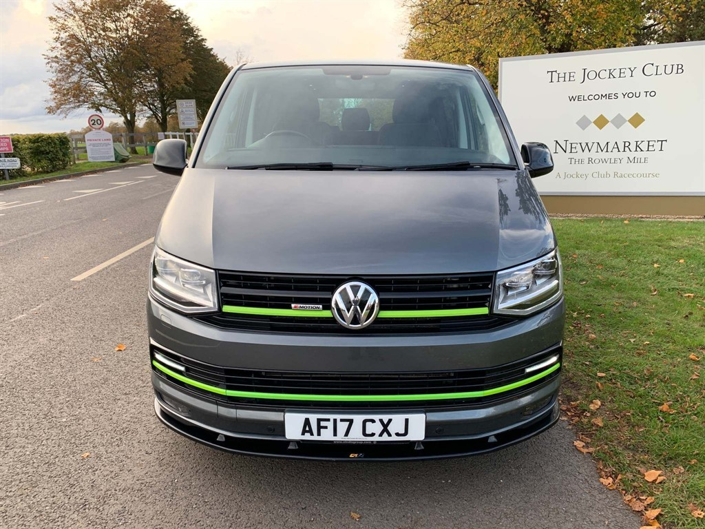 used VW Transporter BlueMotion Tech T32 Startline DSG 4MOTION (EU6, LWB) in newmarket-suffolk