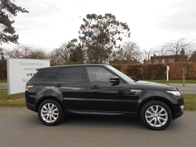 used Land Rover Range Rover Sport 3.0 SD V6 HSE 4X4 (s/s) 5dr in newmarket-suffolk