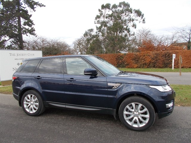 used Land Rover Range Rover Sport 3.0 SD V6 HSE Station Wagon 4x4 5dr (start/stop) in newmarket-suffolk