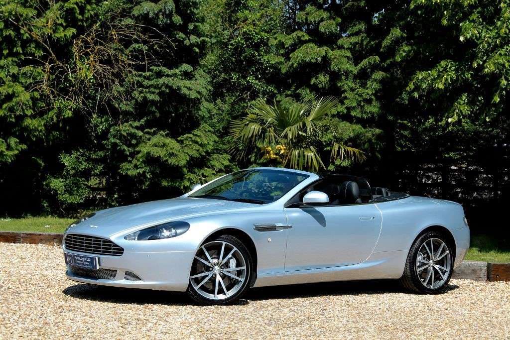 Used Silver Lightning Aston Martin DB For Sale Nottinghamshire - Db9 aston martin
