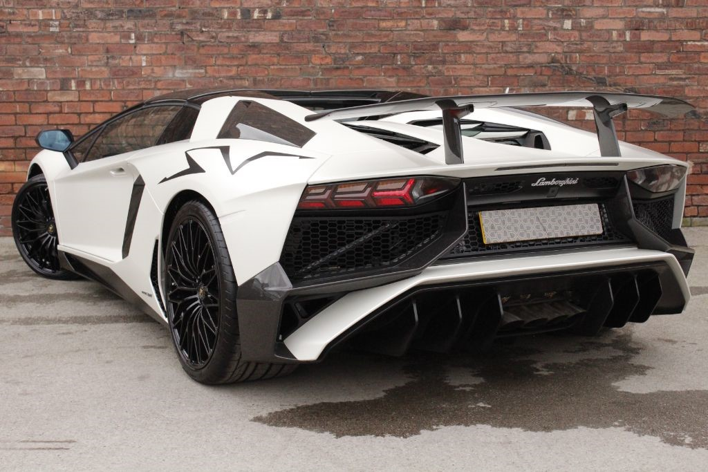 used white lamborghini aventador for sale west yorkshire. Black Bedroom Furniture Sets. Home Design Ideas