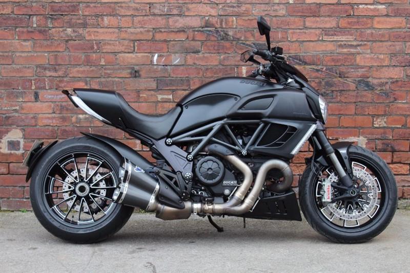 used Ducati Diavel 1198 DIAVEL in huddersfield