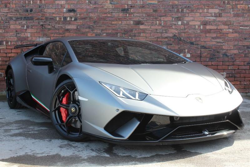 used Lamborghini Huracan 5.2 V10 LP640-4 Performante in huddersfield