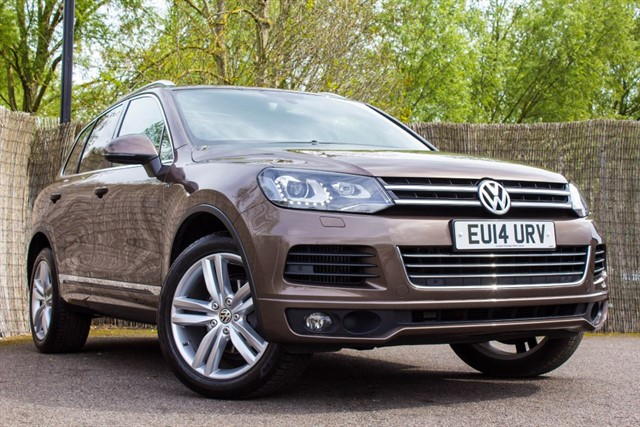 used VW Touareg V6 R-LINE TDI BLUEMOTION TECHNOLOGY in witham-essex