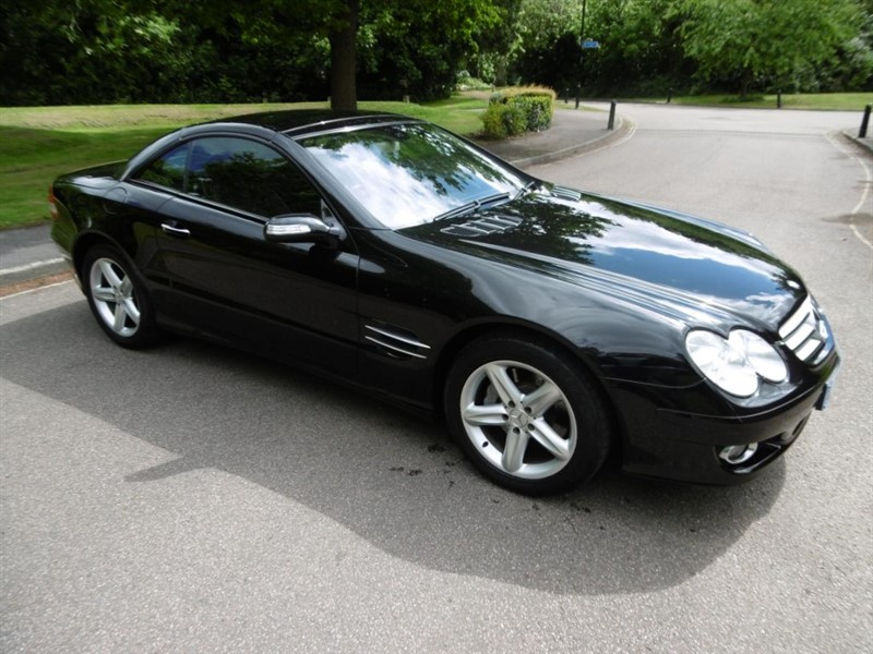 used Mercedes SL SL350 272BHP LOOK @ THE MILEAGE in west-sussex
