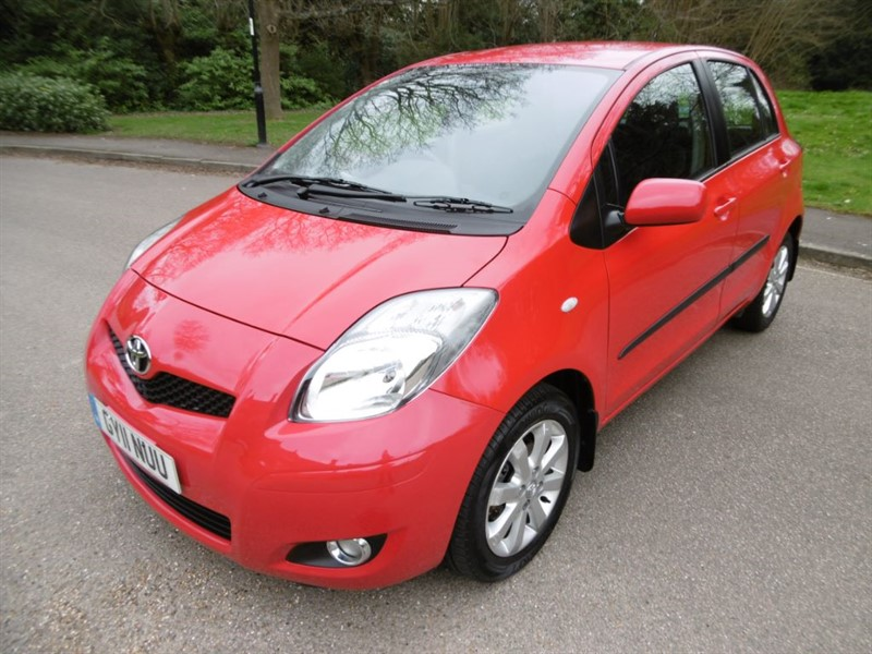 used Toyota Yaris T SPIRIT MM VVT-I LOOK @ THE MILEAGE in west-sussex