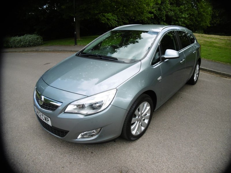 used Vauxhall Astra SE CDTI S/S FULL SERVICE HISTORY in west-sussex